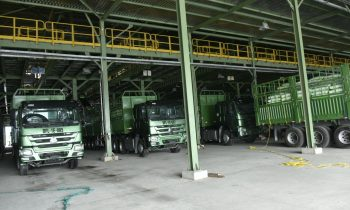 Nigerian Farmers Get Bumper Harvest As Dangote Pushes Out 120 Trucks Urea Fertilizer